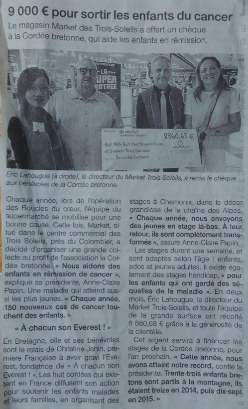 ARTICLE OUEST FRANCE CARREFOUR MARKET 3 SOLEILS DONNE SON CHEQUE DE 8800€